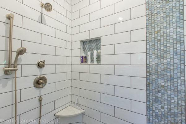 subway tile design ideas: large white subway tile