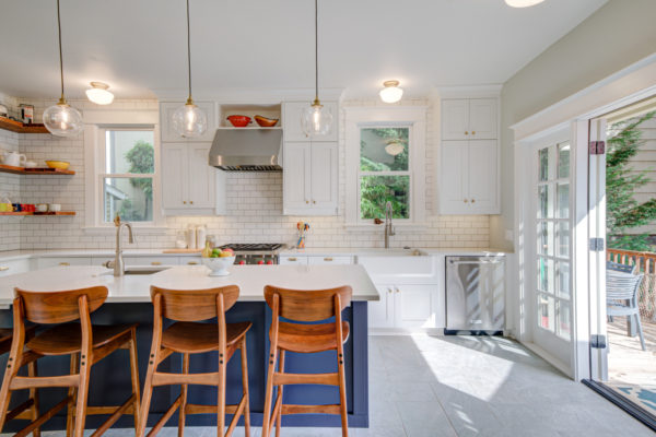 home remodeling checklist: bright kitchen
