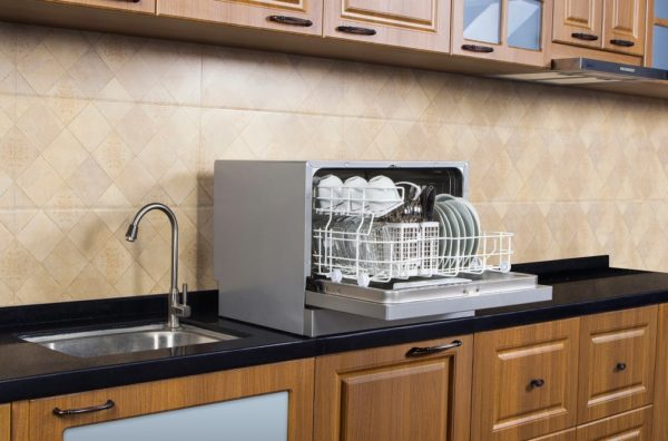 can I live at home during my remodel: temporary dishwasher
