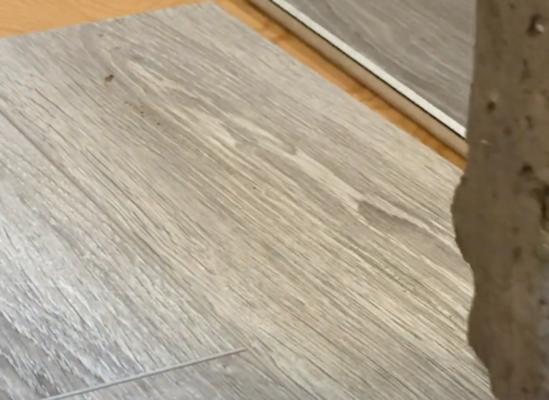 scratch resistant flooring test - rock scratch test on laminate