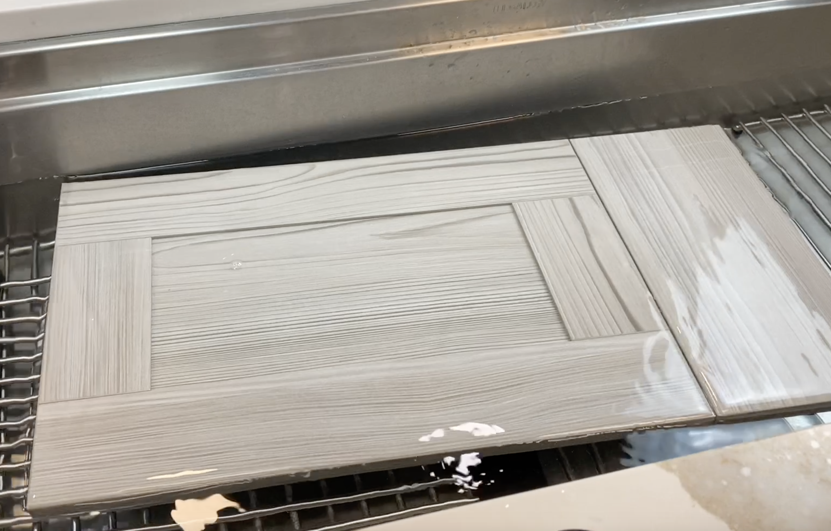 Water Resistant Kitchen Cabinets What S The Best Material To Use