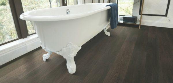 luxury vinyl plank bathroom flooring