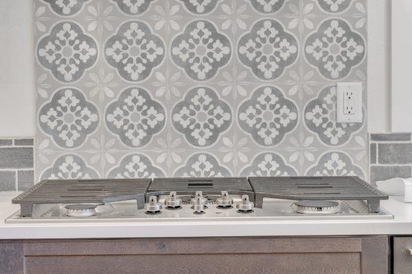 kitchen remodel questions: decorative backsplash