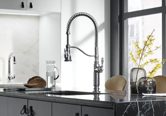 plumbing fixtures: chrome faucet with pull down